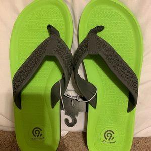 NWT Champion Flip Flops - Men's Size 10